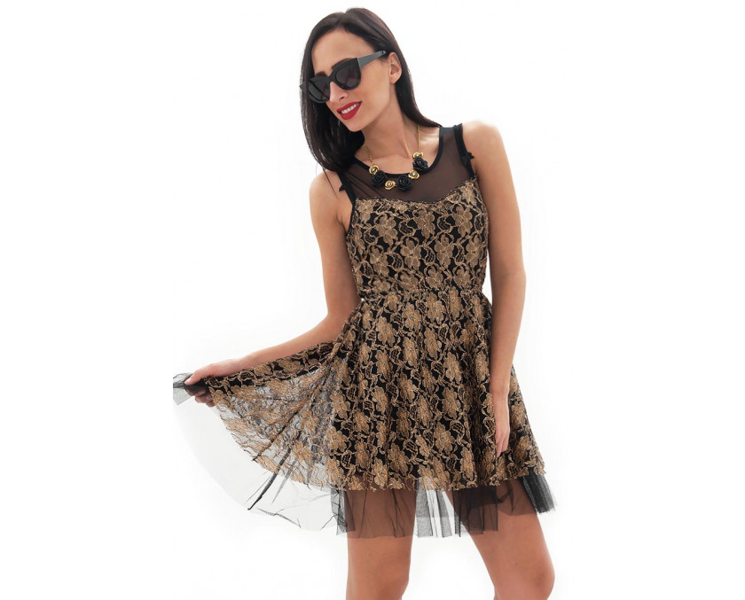Baroque lace dress in gold